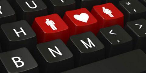 San Valentino, condividere col proprio partner password e device mette a rischio la privacy