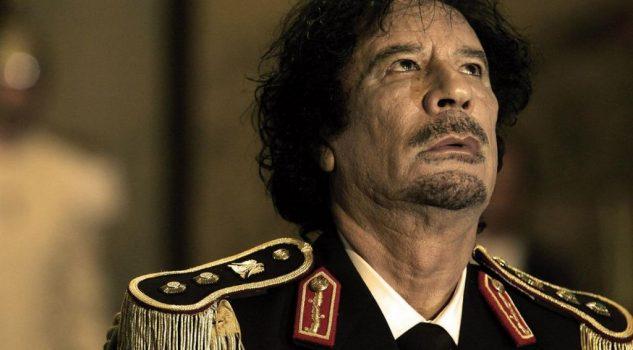 Gheddafi: Roberto Saviano al lavoro su nuova serie Sky