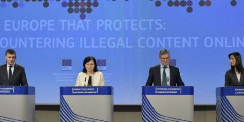 Commissione Ue a Facebook, YouTube, Twitter e Telegram: 'Rimuovere contenuti terroristici entro un'ora'