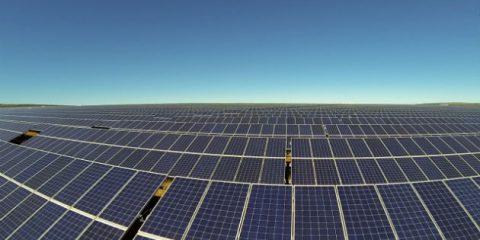 Rinnovabili, l'Arabia Saudita annuncia progetto da 200 miliardi di dollari per il solare