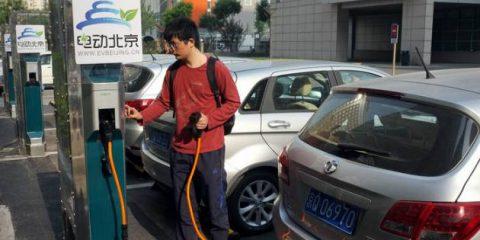 Auto elettriche, il 45% del mercato mondiale sarà cinese nel 2030