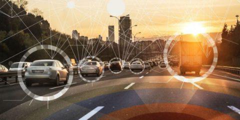 Connected cars, Commissione Ue chiamata a scegliere fra WiFi e 5G