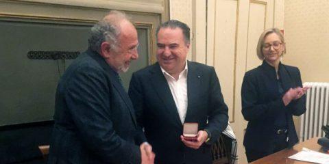 Vetrya, l'Università per Stranieri di Perugia premia l'AD Luca Tomassini