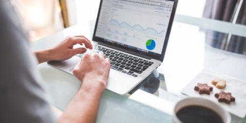 Vorticidigitali. Google Analytics, ha senso avere la versione a pagamento?