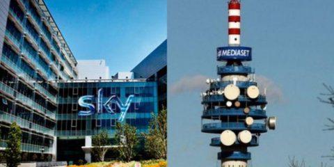 Sky acquista la piattaforma Mediaset Premium dal primo novembre?