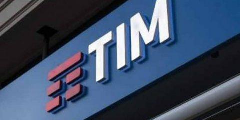 Tim, stop all'attività di direzione di Vivendi. Utili in aumento del 25%. Avviata la Cigs per gestire 4.500 esuberi