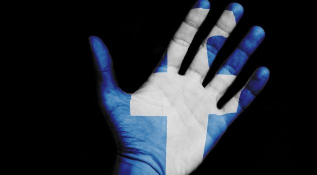 Facebook chiede le pagelle agli italiani