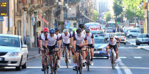 Bici elettrica, in città vendite aumentate del 25% nel 2017. Partito il primo Giro d'Italia per ebike