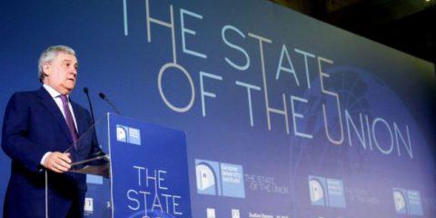 Scandalo Facebook, Tajani 'richiama' Zuckerberg. Elezioni Ue a rischio fake news