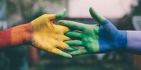 LGBT, Accenture 'Le aziende più inclusive raggiungono risultati finanziari migliori'