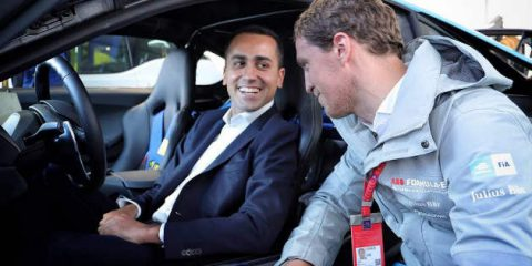 Auto elettriche, quanto costa all'Italia il Piano Di Maio?