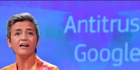 Antitrust Ue, multa record da 4,3 miliardi di euro a Google per Android