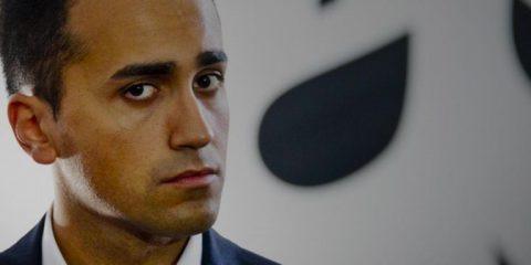 Rete unica, spunta il piano ma Di Maio smentisce 'Su scorporo rete Tim nessun progetto'
