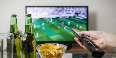 Serie A, quanto costano i ticket Dazn per i clienti Sky (che trasmette le partite anche su Now Tv in HD)