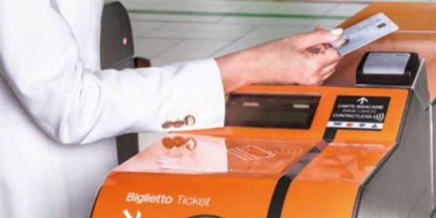 Pagamenti elettronici, quasi una transazione su due contactless in Europa
