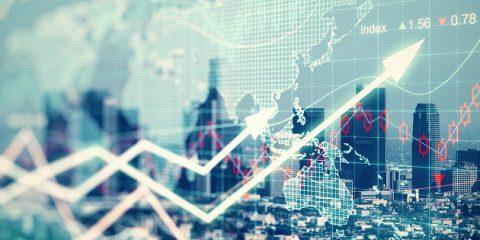 Finanza digitale, la spesa mondiale salirà a 500 miliardi di dollari nel 2021