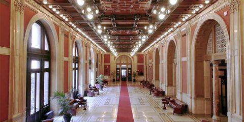 Sky Arte presenta 'L'Aula di Montecitorio. Un Secolo tra Arte e Storia' in 4K