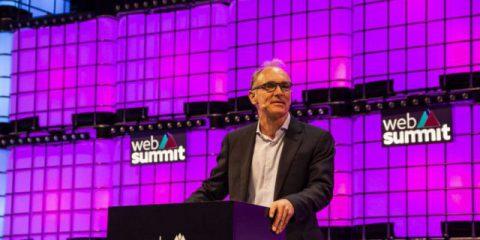 Perché Tim Berners-Lee vuole una 'Magna Carta per il web' con Google e Facebook