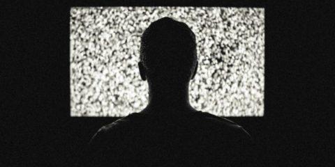 Come mandare in onda spot diversi in base al target (ma nello stesso momento) con l'AdSmart di Sky Media
