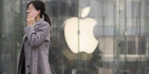Apple in crisi in Cina. Dal calo di vendite ai ritardi sul 5G