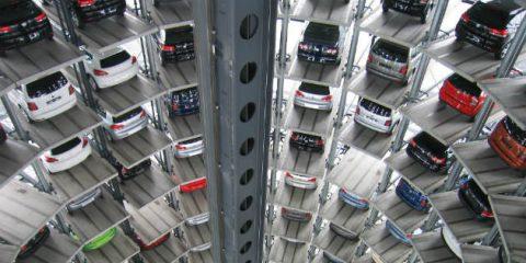 Auto elettriche al 5% del mercato italiano a dicembre. Dominano le giapponesi