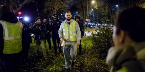 Arrestato il leader dei gilet gialli, Il Regno Unito chiede aiuto alla marina per l'immigrazione, Stati Uniti