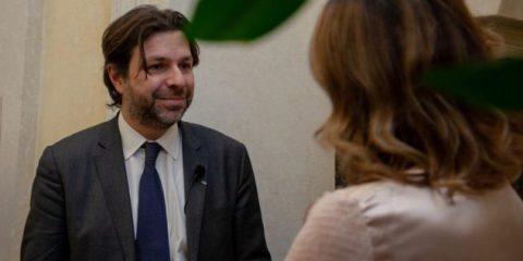Fantinati (Sottosegretario alla PA) 'Via al tavolo per nominare i responsabili alla transizione digitale'