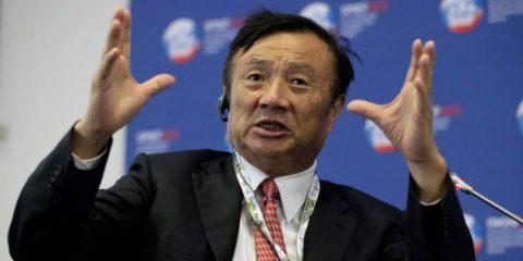 Huawei, il fondatore Ren Zhengfei prepara l'azienda per giorni difficili