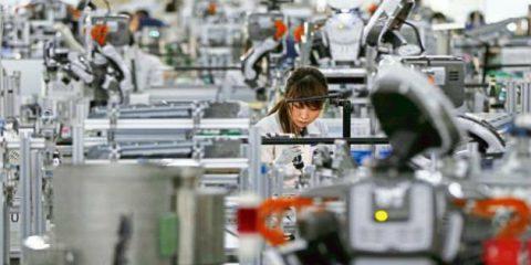 Rapporto OIL sul futuro del lavoro, avanti con IA e robotica ma al centro del progresso rimanga la persona