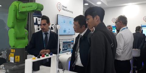 Industry 4.0, Exprivia Italtel a Barcellona con il robot collaborativo connesso in rete 5G (Video)