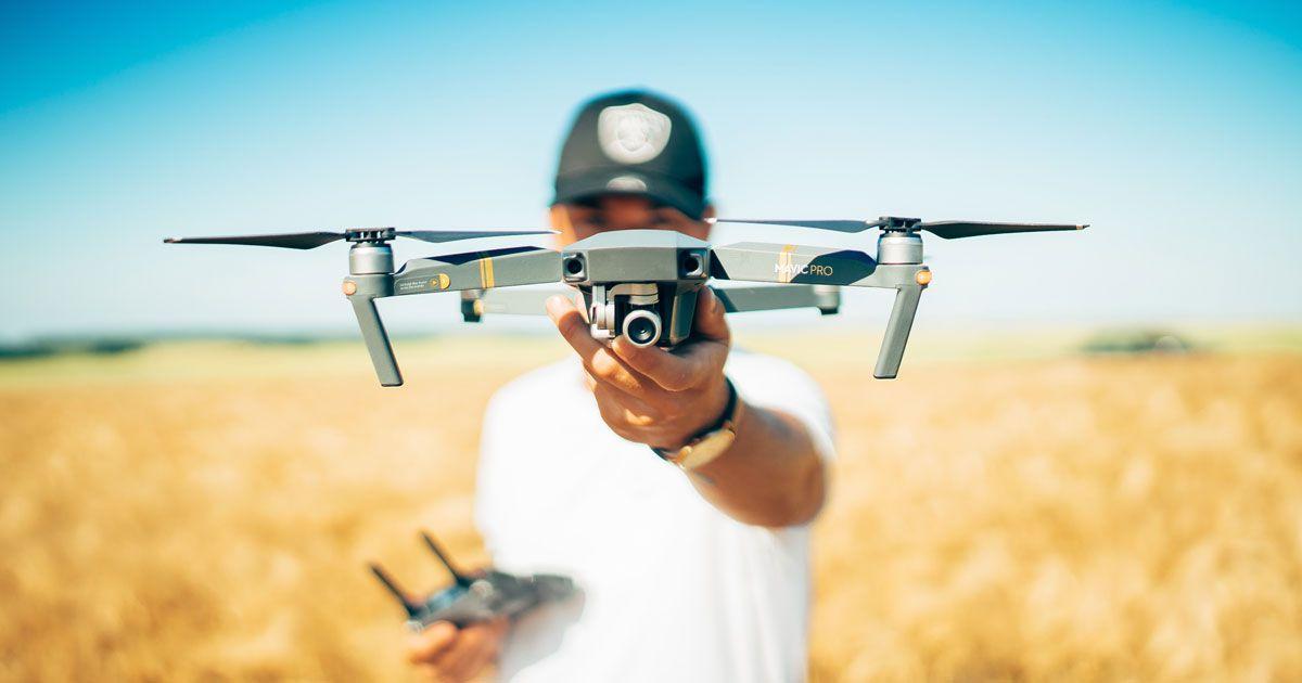 83f32831deb0 eCommerce, in Italia boom per droni e altoparlanti. Crollano notebook e  smartphone - Key4biz