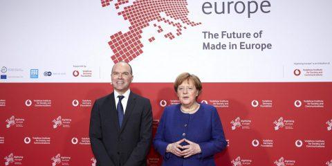 5G, Merkel: 'Roll-out in ogni settore? Deve essere possibile. Pensare prima ai clienti e poi alla redditività'