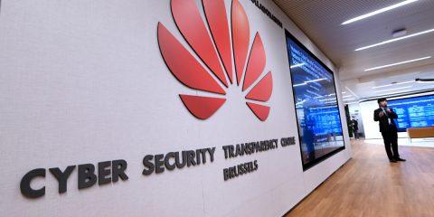 Perché Huawei ha aperto a Bruxelles il Centro per la Trasparenza nella Cyber Security?