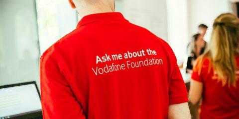 Fondazione Vodafone contro la violenza domestica, ecco l'app 'Bright Sky'