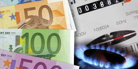 Energia: da aprile bollette luce e gas più leggere, tariffe giù del 10%