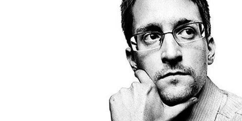 """Spyware, Snowden: """"L'industria va fermata. Diffondono virus, non vaccini"""""""