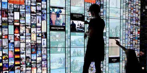 Tv: un giro di affari da 8,8 miliardi in Italia. Fatturato Sky in crescita del 2,1%