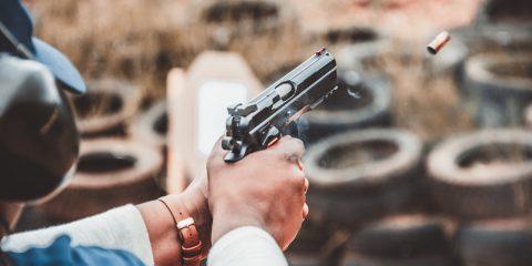 Ci sono più di un miliardo di armi nel mondo. Ecco chi le detiene