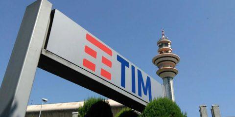 Tim: per S&P outlook 'negativo' su calo ricavi, incertezza rete unica ed effetto Brasile