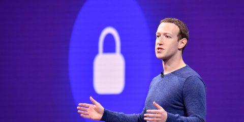 Facebook, dati di mezzo miliardo di utenti trovati su un server (accessibile a tutti) di Amazon