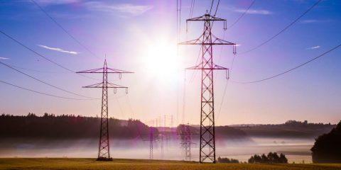 Spesa mondiale in energia a 1.800 miliardi di dollari: un quinto degli investimenti è cinese