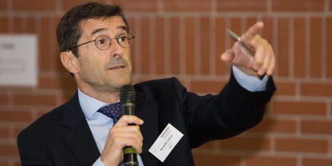 Il futuro dell'Italia? Sospeso tra deficit di sovranità digitale e annosa carenza di politiche industriali