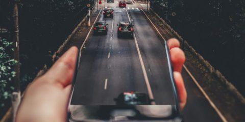 Auto connesse, sul mercato globale ne arriveranno 76 milioni nel 2023