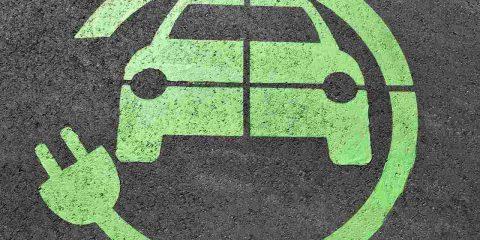 Auto elettriche, vendite a +59% nell'ultimo mese