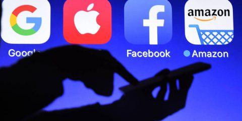 Big Tech ed epidemia, Facebook (+19%) e Amazon (+3%) guidano la carica delle lobby negli USA