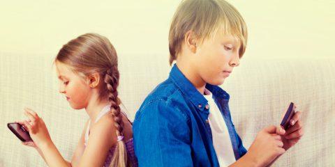 A che età possiamo dare ai nostri figli il loro primo smartphone?