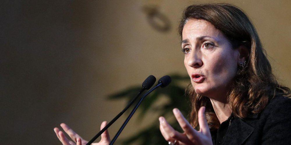 'La web tax una soluzione per tutelare il mercato dell'elettronica in Italia'. Intervista a Carla Ruocco (M5S)