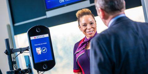 Privacy, come scoprire quali  compagnie aeree usano il riconoscimento facciale