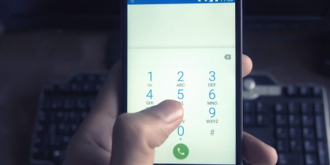 Come scoprire se il proprio cellulare è intercettato da un trojan, che spia tutto quello che fai sul dispositivo