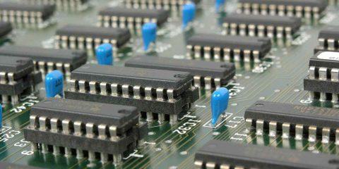 Nuove tecnologie (batterie, microprocessori, idrogeno), stanziati 950 milioni di euro per le imprese